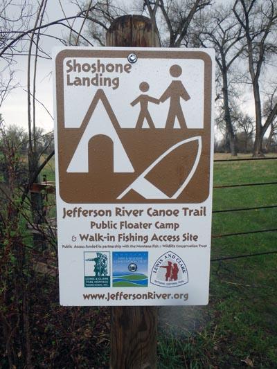 Shoshone Landing Public Access Sign.